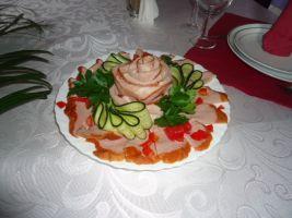 Роскошный выбор блюд на любой вкус и кошелек