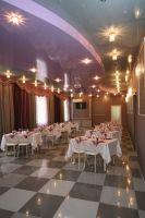 Большой зал кафе «МарципанЪ»